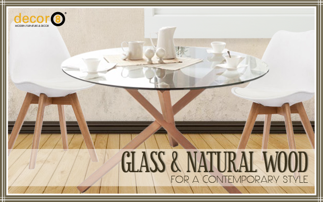 Glass and Natural Wood For A Contemporary Style